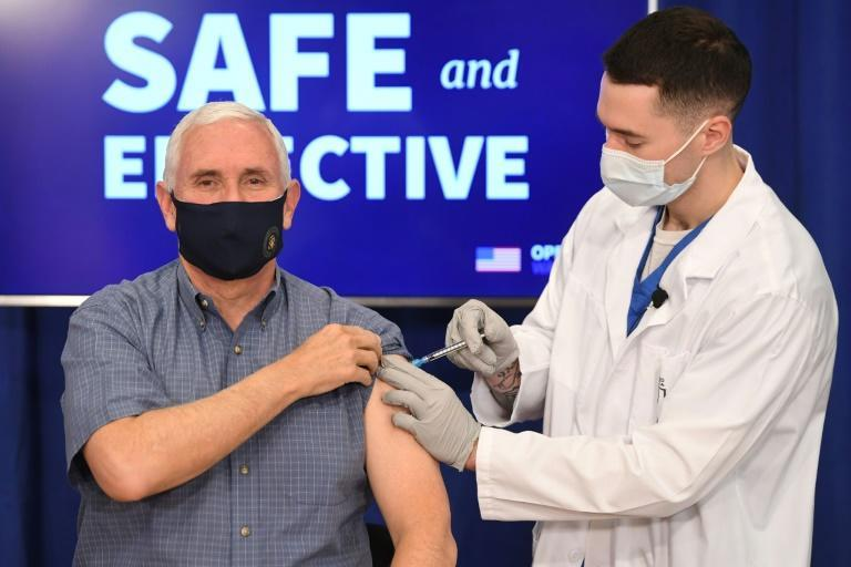 US Vice President Mike Pence receives the COVID-19 vaccine in Washington -- in public -- on December 18, 2020