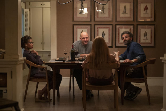 Friends (Nicole Beharie and Corey Stoll) join Jonathan (Oscar Isaac) and Mira (Jessica Chastain) for dinner in Scenes From A Marriage. (Still: HBO)