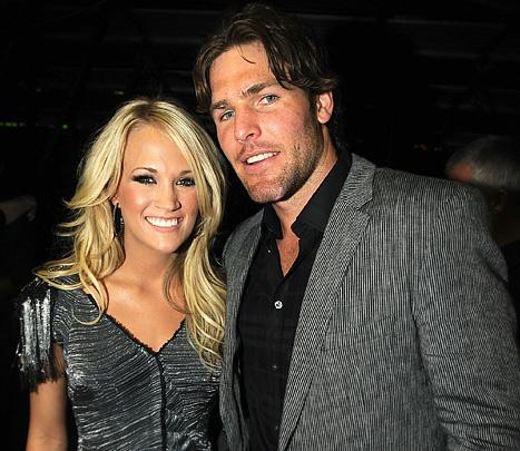 """Carrie Underwood on Marriage: """"Time Apart Is Important"""""""