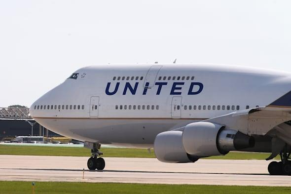 United Airlines glitch sees London to New York flights sell for £50