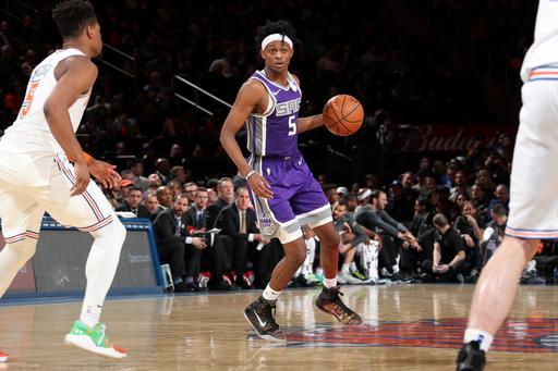 NEW YORK, NY - MARCH 9: De'Aaron Fox #5 of the Sacramento Kings handles the ball against the New York Knicks on March 9, 2019 at Madison Square Garden in New York City, New York. (Photo by Nathaniel S. Butler/NBAE via Getty Images)