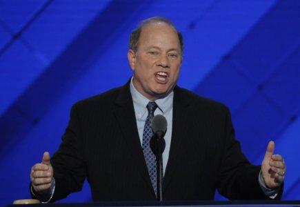 FILE PHOTO - Detroit, Michigan Mayor Mike Duggan speaks on the third day of the Democratic National Convention in Philadelphia, Pennsylvania, U.S. July 27, 2016. REUTERS/Mike Segar