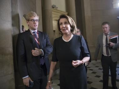 US Democrat Nancy Pelosi speaks about young undocumented migrants for over 8 hours in Congress, breaks century-old record