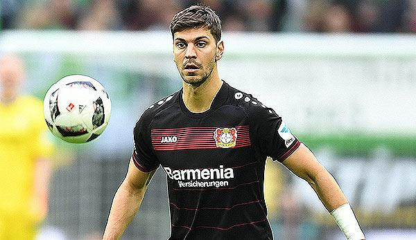 Premier League: Wechselt Dragovic nach England?