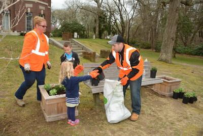 PSEG Long Island and some little helpers, spruced up the planters at Brookwood Hall Park in Islip, NY for Earth Day 2019.