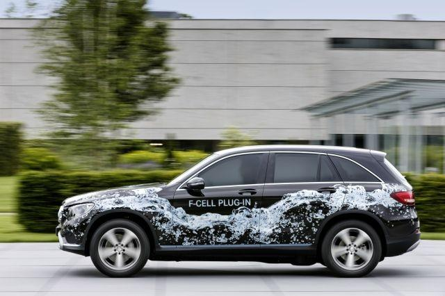 Mercedes-Benz commits to an electrified future