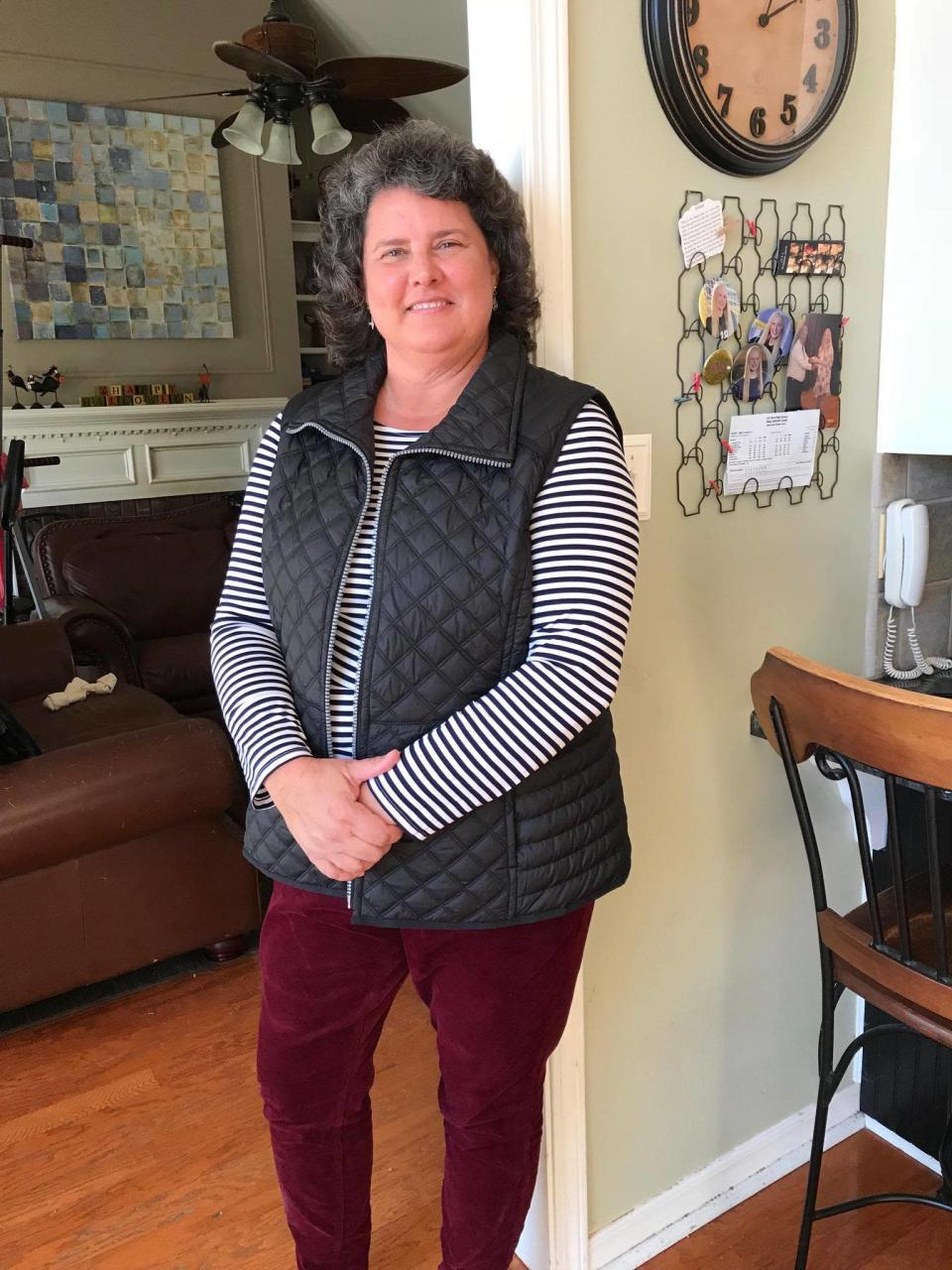 Marcy Bates Harris, a satisfied Stitch Fix user, thinks the service provides a better alternative to the shopping in her hometown without the hassle. Here, a head-to-toe Stitch Fix look on Bates Harris. (Photo: Marcy Bates Harris)