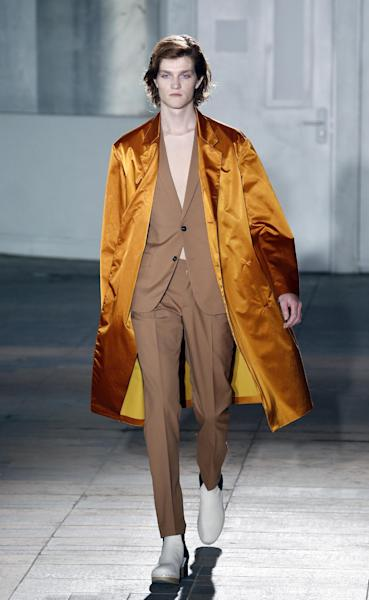 Maison Martin Margiela during the Men's 2015 Spring-Summer ready-to-wear collection