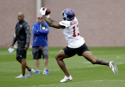 Giants' Odell Beckham Jr. makes yet another insane catch at practice