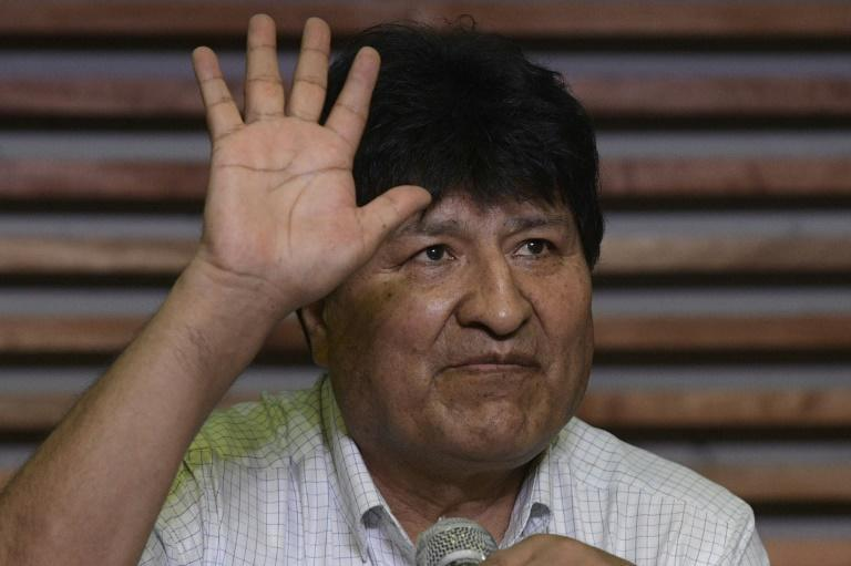 Bolivia's former president Evo Morales says he will return to his homeland the day after Luis Arce's inauguration, causing a 'headache' for the new government, according to some analysts