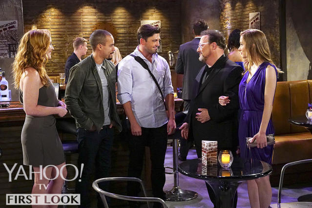 Wayne Knight as Irv West with Camryn Grimes, left, Robert Adamson, and Bryton James in <em>The Young and the Restless.</em> (Photo: CBS)