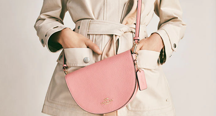 Save an extra 15% on a selection giftable handbags at Coach Outlet.