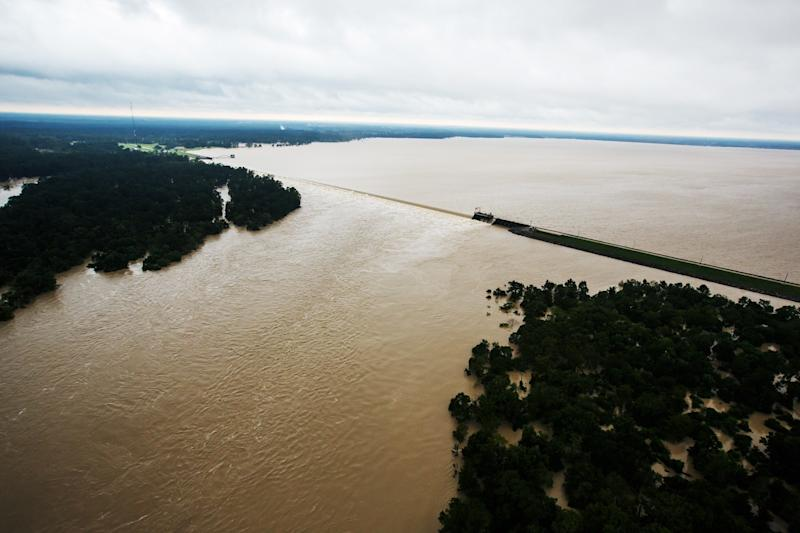 HOUSTON, TEXAS -- TUESDAY, AUGUST 29, 2017: An aerial view of Lake Houston's spillway in Houston, Texas, on Aug. 29, 2017. (Marcus Yam / Los Angeles Times)