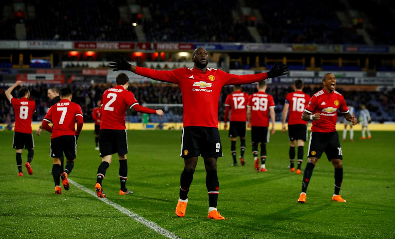 Soccer Football - FA Cup Fifth Round - Huddersfield Town vs Manchester United - John Smith's Stadium, Huddersfield, Britain - February 17, 2018   Manchester United's Romelu Lukaku celebrates scoring their second goal   Action Images via Reuters/Jason Cairnduff     TPX IMAGES OF THE DAY