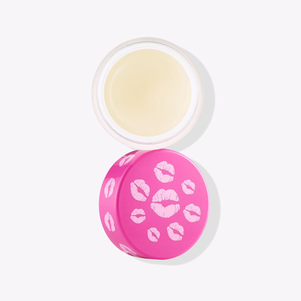"""<p>This gentle <a href=""""https://www.popsugar.com/buy/Tarte-Pout-Prep-Lip-Exfoliant-330893?p_name=Tarte%20Pout%20Prep%20Lip%20Exfoliant&retailer=ulta.com&pid=330893&price=16&evar1=bella%3Aus&evar9=44166439&evar98=https%3A%2F%2Fwww.popsugar.com%2Fbeauty%2Fphoto-gallery%2F44166439%2Fimage%2F44166443%2FTarte-Pout-Prep-Lip-Exfoliant&list1=beauty%20products%2Clips%2Cbeauty%20shopping&prop13=api&pdata=1"""" rel=""""nofollow"""" data-shoppable-link=""""1"""" target=""""_blank"""" class=""""ga-track"""" data-ga-category=""""Related"""" data-ga-label=""""https://www.ulta.com/pout-prep-lip-exfoliant?productId=xlsImpprod16321390"""" data-ga-action=""""In-Line Links"""">Tarte Pout Prep Lip Exfoliant</a> ($16) is a great product to use when getting ready. Apply before starting your makeup, and this fast and easy scrub helps to buff away any dry skin so you can have the perfect irresistible lips.</p>"""