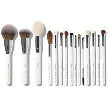 """<p><strong>Morphe</strong></p><p>morphe.com</p><p><strong>$24.75</strong></p><p><a href=""""https://go.redirectingat.com?id=74968X1596630&url=https%3A%2F%2Fwww.morphe.com%2Fproducts%2Fmorphe-x-jaclyn-hill-the-master-remix-collection&sref=https%3A%2F%2Fwww.prevention.com%2Fbeauty%2Fmakeup%2Fg37620517%2Fbest-makeup-brush-sets%2F"""" rel=""""nofollow noopener"""" target=""""_blank"""" data-ylk=""""slk:Shop Now"""" class=""""link rapid-noclick-resp"""">Shop Now</a></p><p>""""This set was curated by [famed beauty YouTuber] <a href=""""https://www.instagram.com/jaclynhill/?hl=en"""" rel=""""nofollow noopener"""" target=""""_blank"""" data-ylk=""""slk:Jaclyn Hill"""" class=""""link rapid-noclick-resp"""">Jaclyn Hill</a>. I think it's <strong>great for pros</strong> or people who are more into glam!"""" Oakley says. It includes brushes for powder, eyeshadow, eyeliner, details, brows, and more. </p>"""