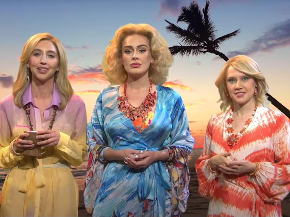 Heidie Gardner, Adele and Kate McKinnon in the SNL sketch (NBC/screengrab)