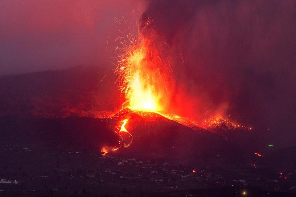 APTOPIX Spain Volcano (Copyright 2020 The Associated Press. All rights reserved)