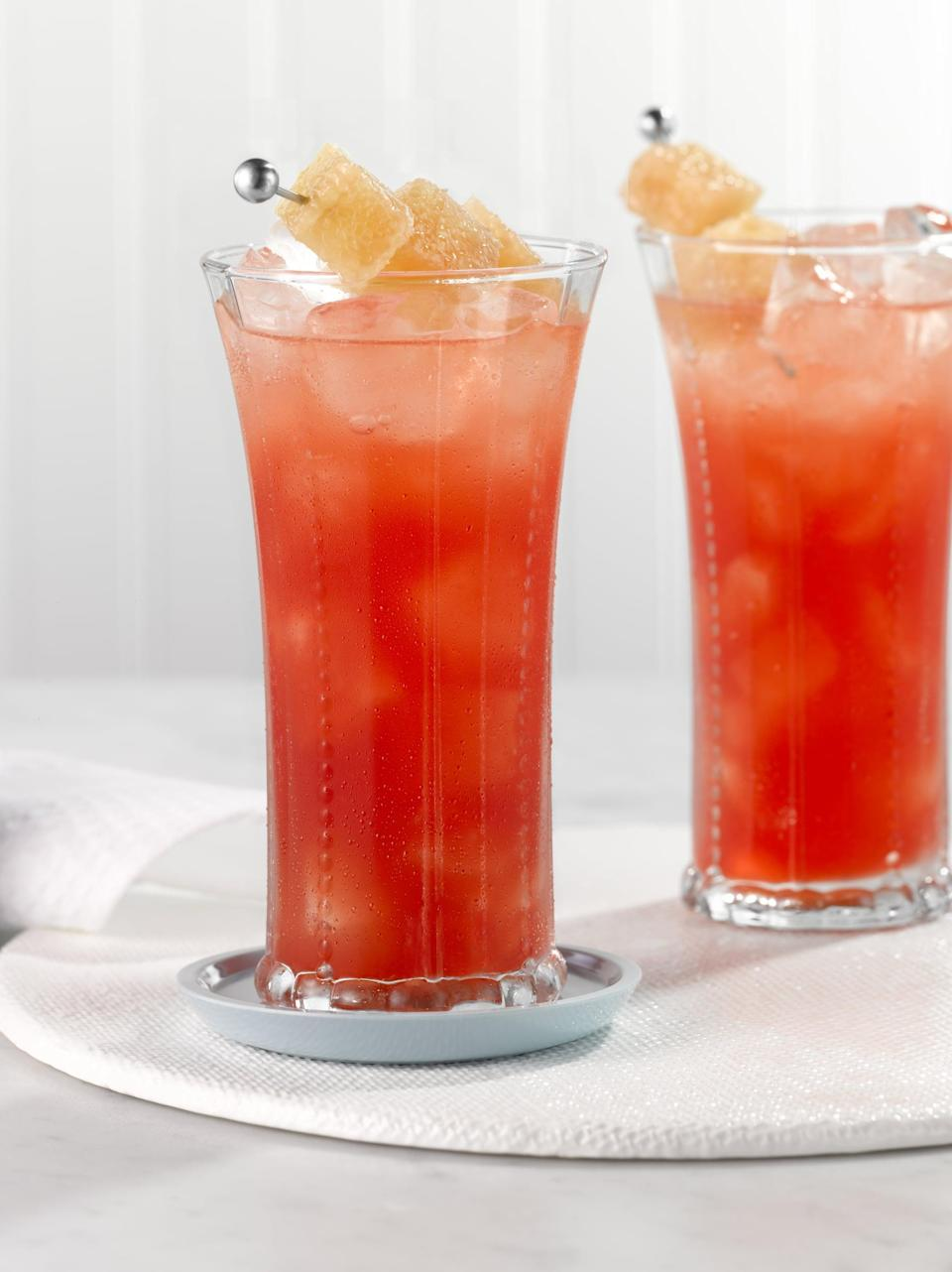 """<p>With inspiration from the cosmopolitan, the oaks lily cocktail is light, refreshing, and supercute. Kentucky knows that when you can't go to the races, you might as well bring them home to you. Giddy up!</p> <p><strong>Get the recipe</strong>: <a href=""""https://www.popsugar.com/buy?url=https%3A%2F%2Fwww.liquor.com%2Frecipes%2Foaks-lily%2F&p_name=oaks%20lily&retailer=liquor.com&evar1=yum%3Aus&evar9=47471653&evar98=https%3A%2F%2Fwww.popsugar.com%2Ffood%2Fphoto-gallery%2F47471653%2Fimage%2F47475453%2FKentucky-Oaks-Lily&list1=cocktails%2Cdrinks%2Calcohol%2Crecipes&prop13=api&pdata=1"""" class=""""link rapid-noclick-resp"""" rel=""""nofollow noopener"""" target=""""_blank"""" data-ylk=""""slk:oaks lily"""">oaks lily</a></p>"""