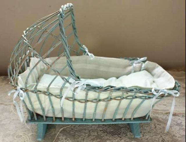 All You Need To Know About Using Jhoola or Palna- The Traditional Cradle