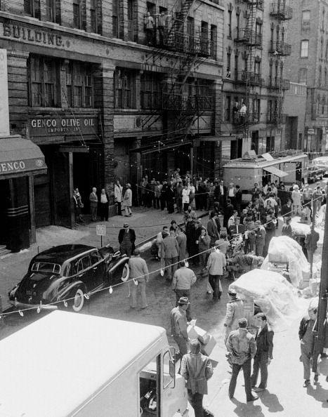 <p>The production crew took over Mott Street in New York City's Lower East Side in a crucial scene where Brando enters Genco Pura Olive Oil Company, which was filmed at the historic Mietz Building in real life.</p>