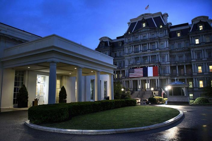 <p>The White House hung both U.S. and French national flags on the Eisenhower Executive Office Building to honor the French President for visiting, which set the tone for the beginning, and the end, of the night.</p>