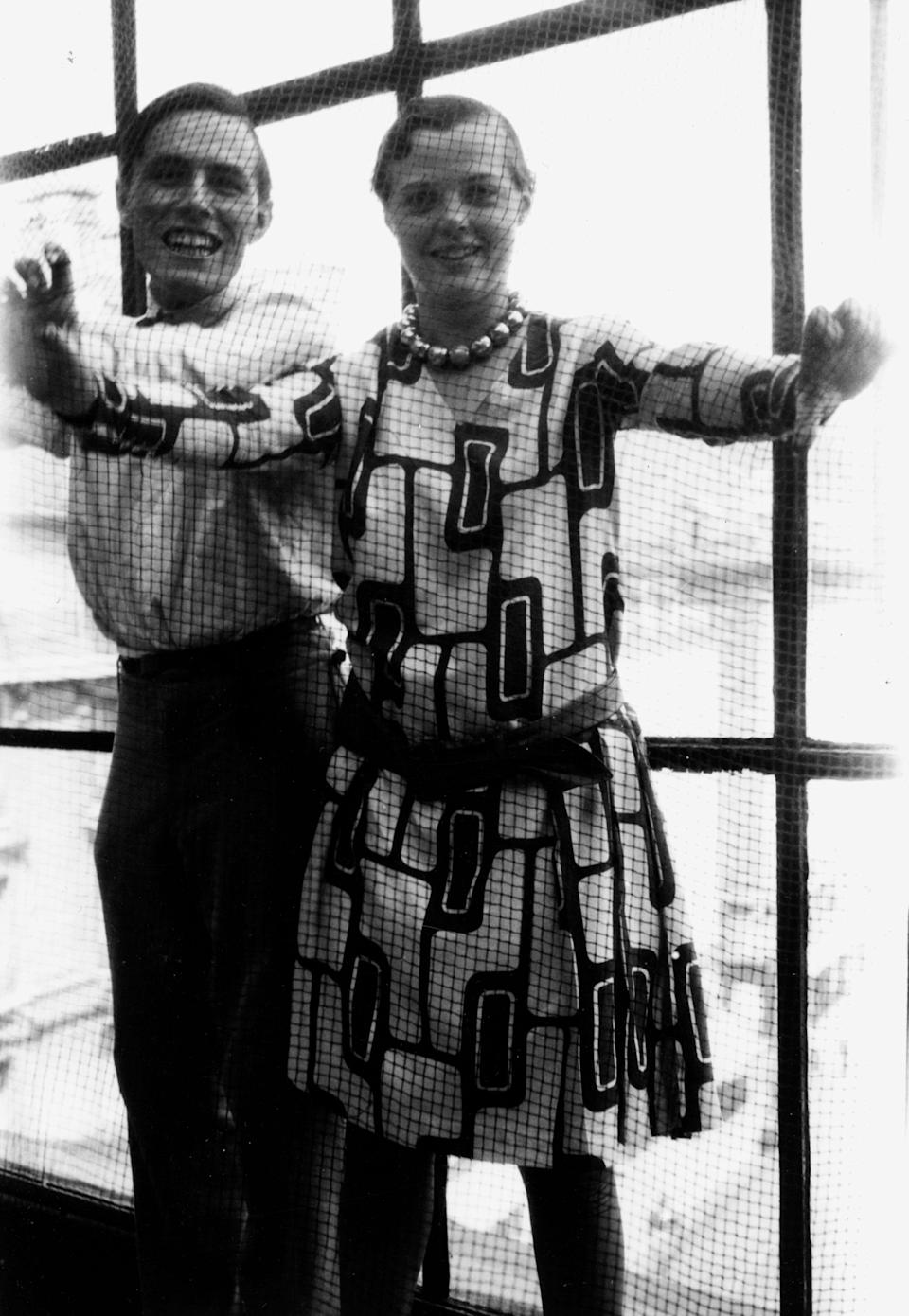 Charlotte Perriand with Alfred Roth in Place Saint-Sulpice apartment-studio, Paris, 1928 (AChP/ADAGP, Paris and DACS, London 2021)