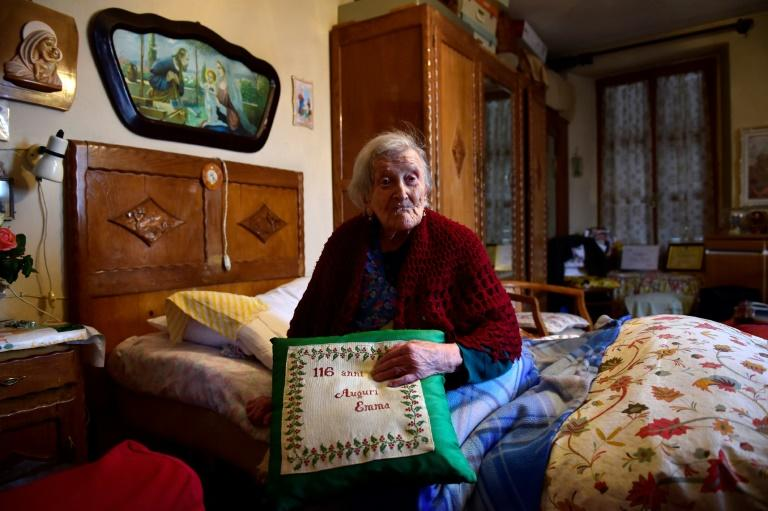 Emma Morano, then 116, poses for an AFP photographer in Verbania, North Italy, on May 14, 2016