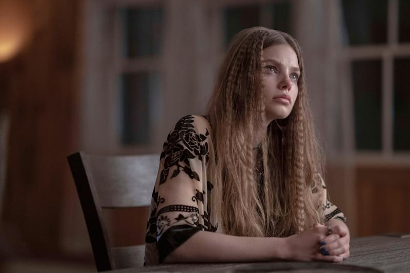 LOOKING FOR ALASKA, Kristine Froseth, 'They Couldn't Hit An Elephant from This Distance', (Season 1, ep. 103, airs Oct. 18, 2019). photo: Alfonso Bresciani / Hulu / courtesy Everett Collection