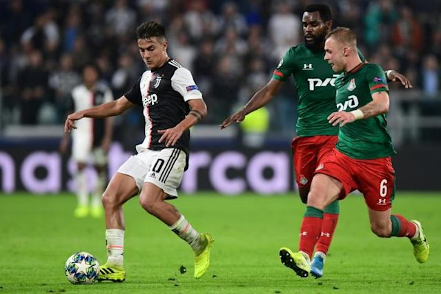 Paulo Dybala (L) scored two late goals as Juventus came from behind to beat Lokomotiv Moscow 2-1 in Turin (AFP Photo/Miguel MEDINA)