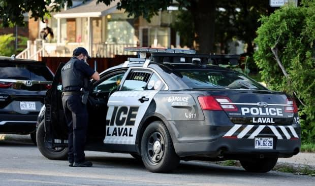 Laval police are investigating the death of a four-year-old, after the child was found unconscious in a home Saturday evening. (Mathieu Wagner/Radio-Canada - image credit)