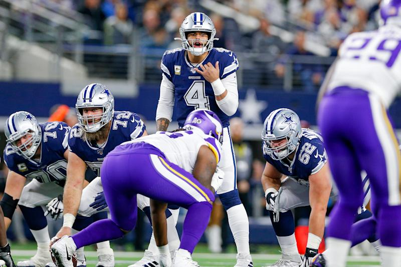 ARLINGTON, TX - NOVEMBER 10: Dallas Cowboys Quarterback Dak Prescott (4) calls an audible during the game between the Minnesota Vikings and Dallas Cowboys on November 10, 2019 at AT&T Stadium in Arlington, TX. (Photo by Andrew Dieb/Icon Sportswire via Getty Images)