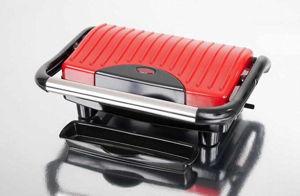 """<p>When dining hall food gets old, it's nice to have a few cooking appliances in your dorm that can quickly make a yummy meal. A <a href=""""https://www.amazon.com/Hamilton-Beach-25462Z-Gourmet-Sandwich/dp/B00E134JJ0/ref=sr_1_1?dchild=1&amp%3Bkeywords=panini+press&amp%3Bqid=1629908401&amp%3Bsr=8-1%2Fref%3Das_li_tl%3Fie%3DUTF8&amp%3Bcamp=1789&amp%3Bcreative=9325&amp%3BcreativeASIN=&amp%3BlinkCode=as2&amp%3Btag=thedailymeal-editorial-referral-20&referrer=yahoo&category=beauty_food&include_utm=1&utm_medium=referral&utm_source=yahoo&utm_campaign=feed"""" rel=""""nofollow noopener"""" target=""""_blank"""" data-ylk=""""slk:panini press"""" class=""""link rapid-noclick-resp"""">panini press</a> can be used to make <a href=""""https://www.thedailymeal.com/cook/10-classic-summer-sandwich-recipes-slideshow?referrer=yahoo&category=beauty_food&include_utm=1&utm_medium=referral&utm_source=yahoo&utm_campaign=feed"""" rel=""""nofollow noopener"""" target=""""_blank"""" data-ylk=""""slk:delicious sandwiches"""" class=""""link rapid-noclick-resp"""">delicious sandwiches</a>, <a href=""""https://www.thedailymeal.com/recipes/cheese-quesadillas-avocado-easy?referrer=yahoo&category=beauty_food&include_utm=1&utm_medium=referral&utm_source=yahoo&utm_campaign=feed"""" rel=""""nofollow noopener"""" target=""""_blank"""" data-ylk=""""slk:quesadillas"""" class=""""link rapid-noclick-resp"""">quesadillas</a>, <a href=""""https://www.thedailymeal.com/cook/how-make-perfect-omelette?referrer=yahoo&category=beauty_food&include_utm=1&utm_medium=referral&utm_source=yahoo&utm_campaign=feed"""" rel=""""nofollow noopener"""" target=""""_blank"""" data-ylk=""""slk:omelets"""" class=""""link rapid-noclick-resp"""">omelets</a>, hash browns and more.</p>"""