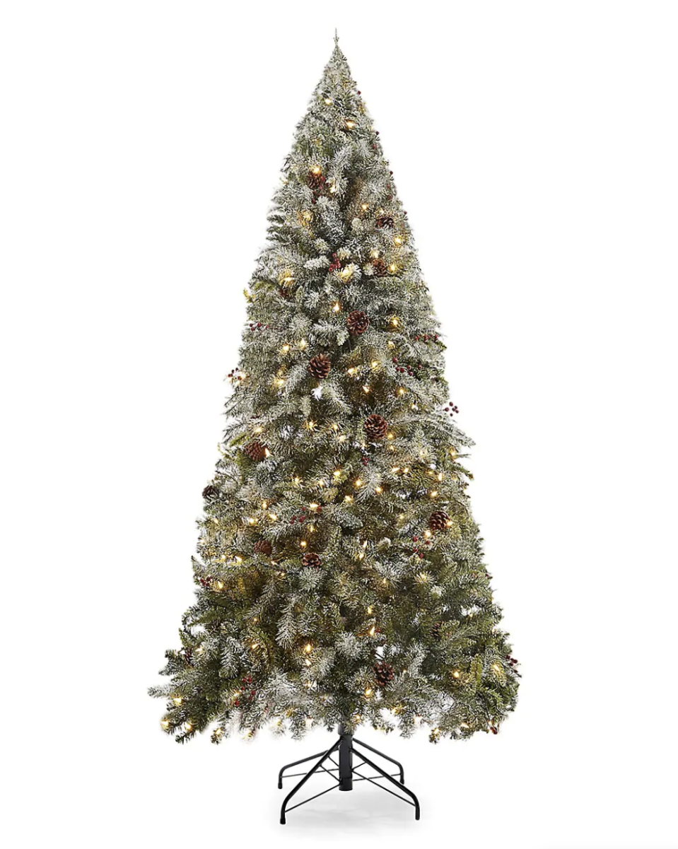 GlucksteinHome 7ft Kincaid Pine Flocked Tree, 300 Warm White Lights and 944 Mixed Tipsand Quick-Set Technology on sale for Black Friday, $265 (originally $530)