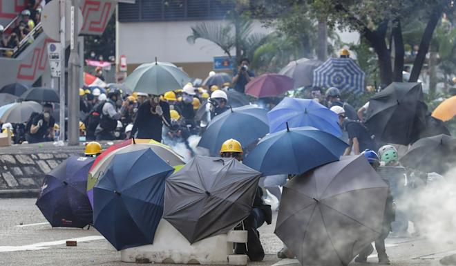 Clashes between police and protesters have grown more violent over time. Photo: Edmond So