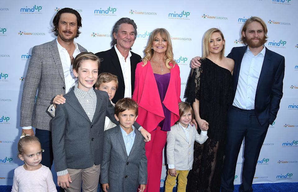 BEVERLY HILLS, CA - MAY 06:  Oliver Hudson, Kurt Russell, Goldie Hawn, Kate Hudson and Wyatt Russell  arrives at the Goldie Hawn Hosts Annual Goldie's Love In For Kids at Ron Burkle��s Green Acres Estate on May 6, 2016 in Beverly Hills, Californi  (Photo by Steve Granitz/WireImage)