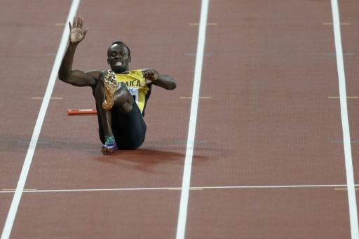 Sad farewell for injured Bolt as Britain win 4x100m relay
