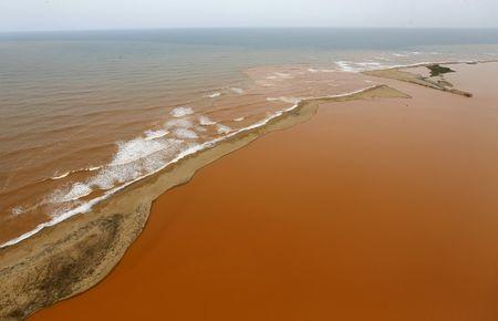 Prosecutors to decide in September on Samarco dam spill charges