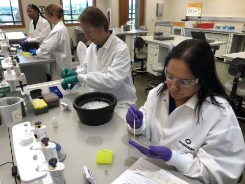 Promega Hosts Fight Colorectal Cancer (Fight CRC) Research Advocacy Training and Support (RATS) Program