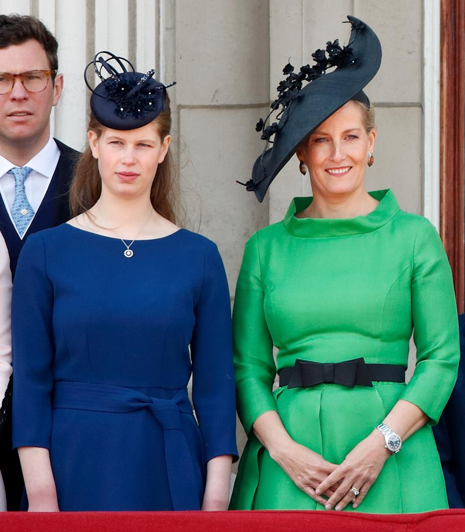 Lady Louise Windsor looked elegant in navy next to her mother Sophie, Countess of Wessex who wore Suzannah, with a Jane Taylor hat. (Getty Images)