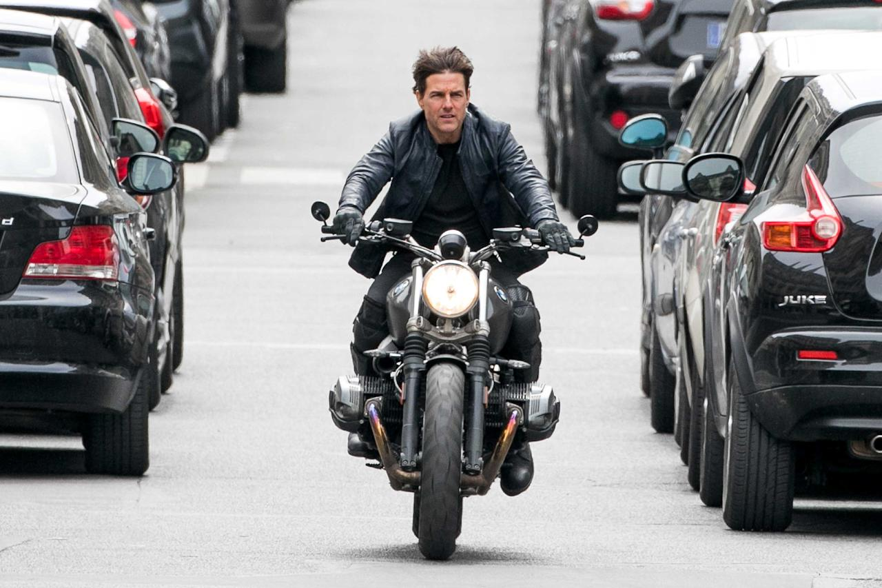 <p>Tom Cruise films a stunt for <em>Mission:Impossible 6 </em>in Paris on Sunday.</p>