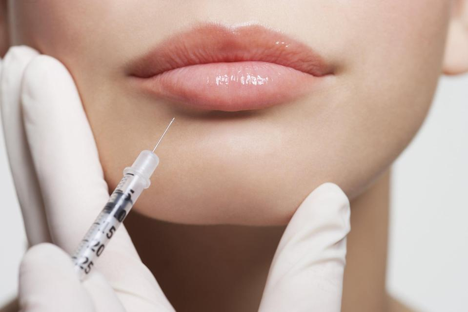 <p>As of right now, there's no evidence suggesting that getting either of the COVID-19 vaccines around the same time as getting Botox injections will cause any adverse reactions or swelling. We've reached out to a dermatologist for comment and will update this post when we hear back.</p>