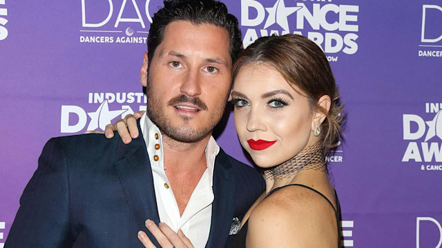 Val Chmerkovskiy and Jenna Johnson attend the 2017 Industry Dance Awards and Cancer Benefit show at Avalon in Hollywood. (Photo: Paul Archuleta/FilmMagic)