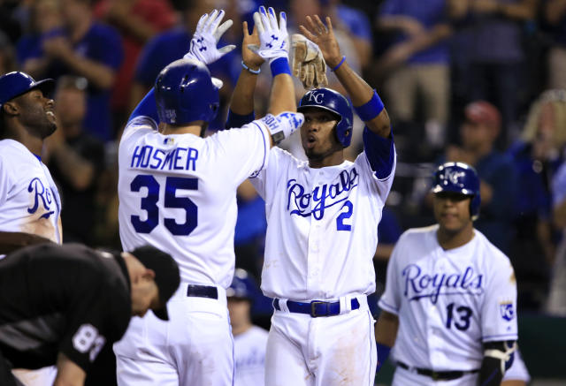 Can Eric Hosmer give the Royals a happy ending before he hits free agency? (AP Photo/Orlin Wagner)
