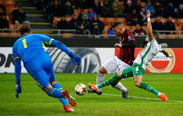 Soccer Football - Europa League Round of 32 Second Leg - AC Milan vs PFC Ludogorets Razgrad - San Siro, Milan, Italy - February 22, 2018 AC Milan's Fabio Borini scores their first goal REUTERS/Tony Gentile
