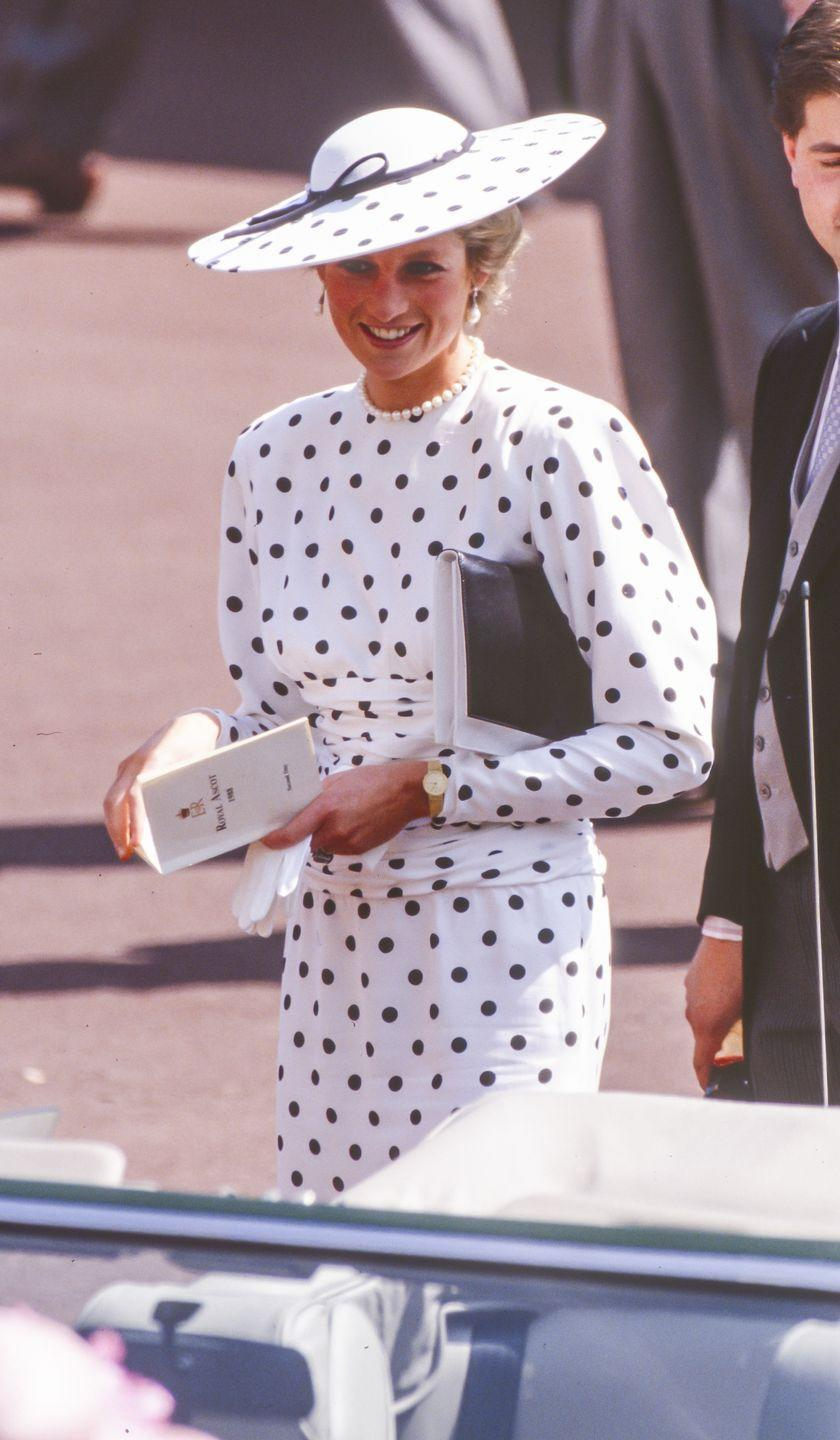 <p>Diana was never one to shy away from polka dots and she wore them from head to toe (literally) at the Royal Ascot in 1988.</p>