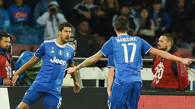 Juventus moved six points clear at the top of Serie A after drawing 1-1 at Napoli, Marek Hamsik equalising following Sami Khedira's opener.