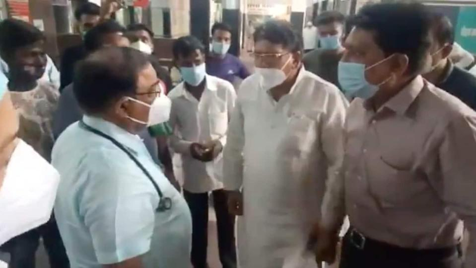 Madhya Pradesh: Congress MLA misbehaves with doctor after patient