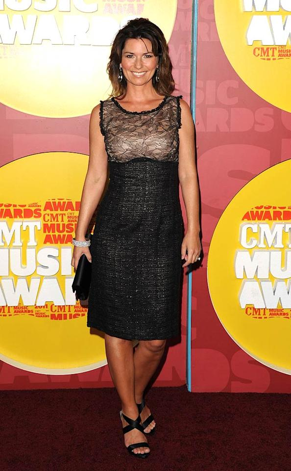 """Shania Twain -- who recently announced her upcoming concert residency in Las Vegas -- hit the red carpet in a chic, age-appropriate frock, sandals, and diamond cuff. Jon Kopaloff/<a href=""""http://www.filmmagic.com/"""" target=""""new"""">FilmMagic.com</a> - June 8, 2011"""