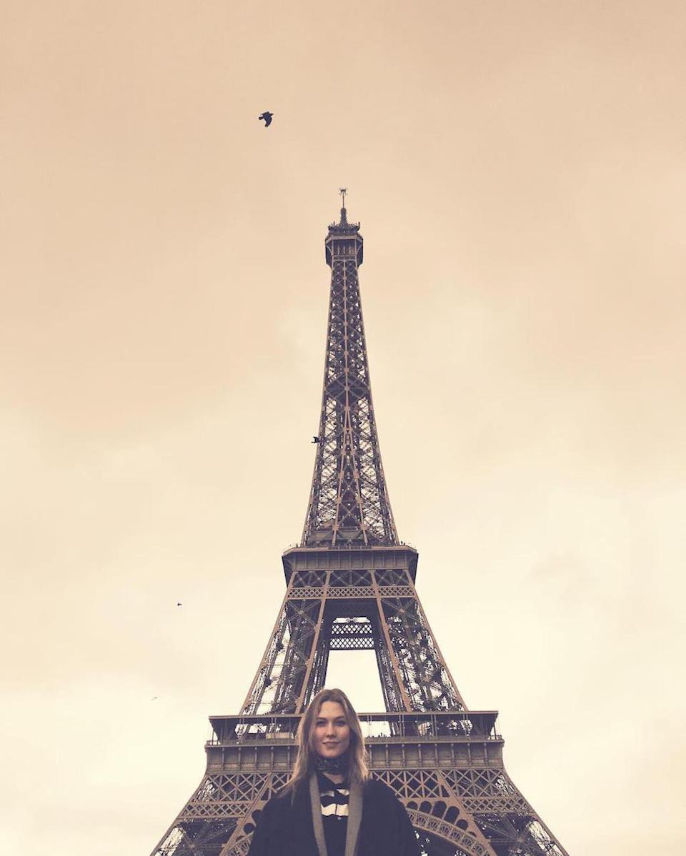"""As far as her obsession with taking pix with the Eiffel Tower, she noted in 2016, """"Never gets old. I love playing tourist in this town."""" Lucky her to be able to do so that often. (Photo: Karlie Kloss via Instagram)"""